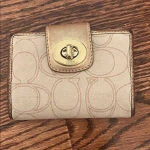 Coach Folding Wallet Gold & Beige